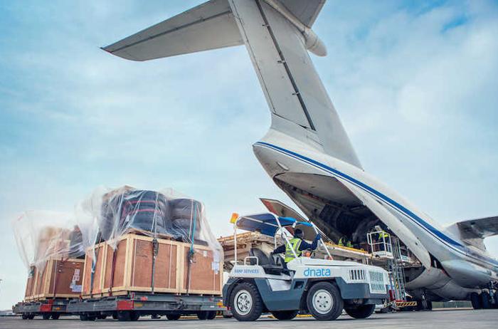 حمل بار مسافران با استفاده از خطوط هوایی